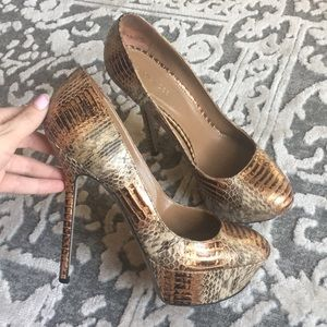 Sergio Rossi snakeskin/Gold shoes